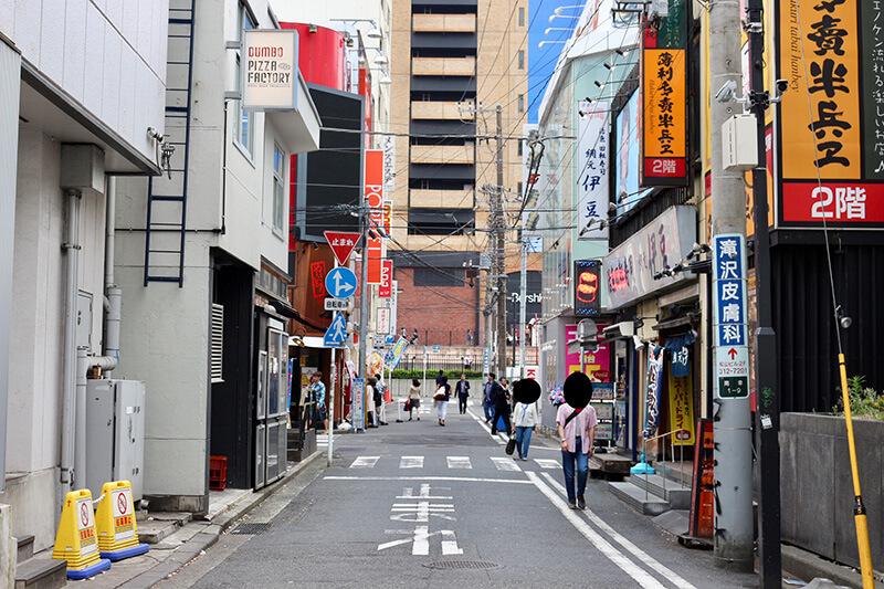 JR横浜駅から行き方6