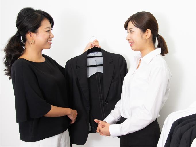 スーツ・ワイシャツ・ネクタイのレンタルが完全無料写真