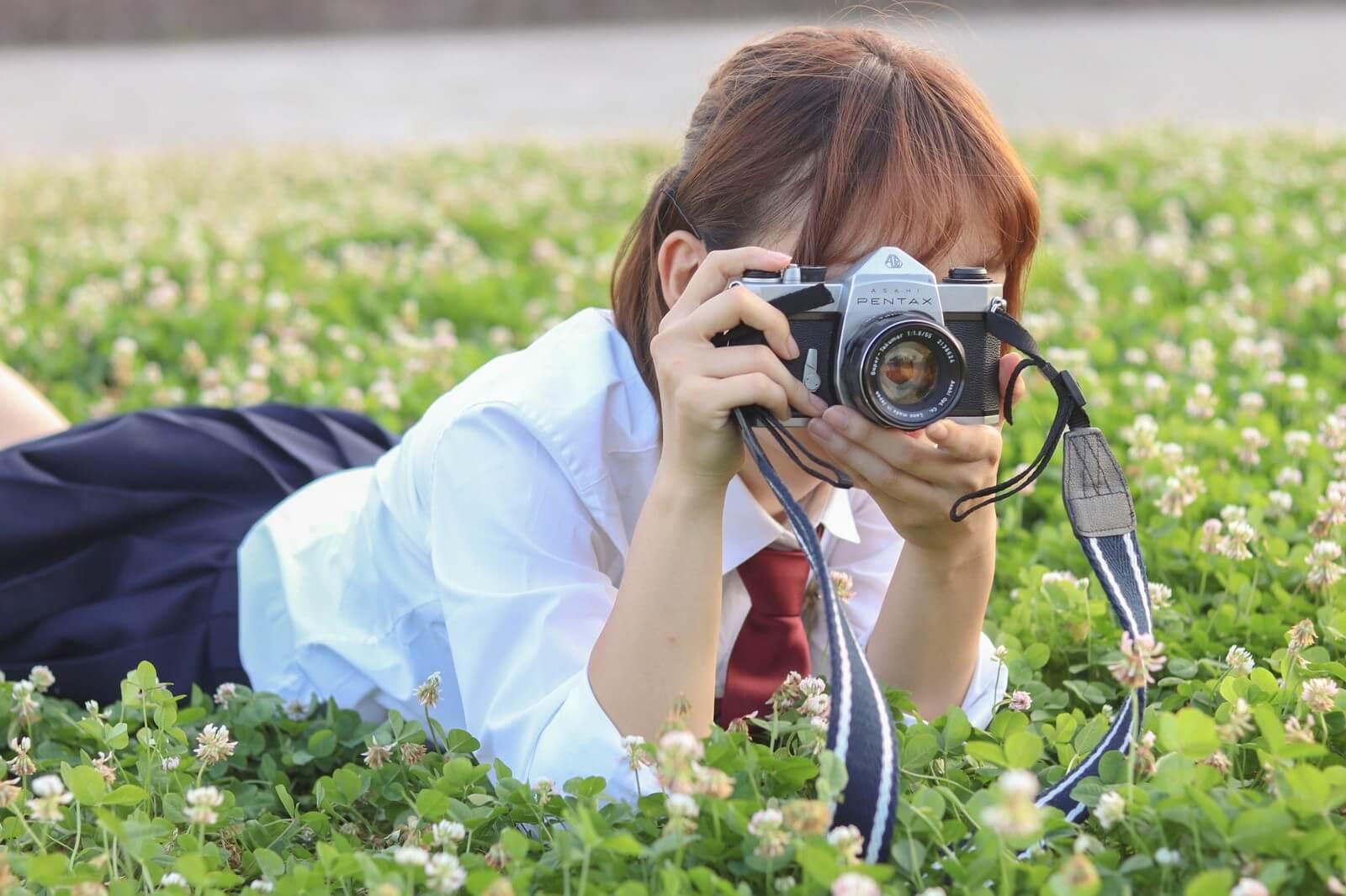エアライン就活でのハーフアップについて、証明写真の印象やセット方法も紹介!