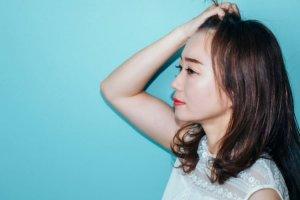エアライン写真で前髪はあげてもOK?印象やセット手順・ポイントを解説!2