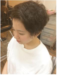 エアライン写真でオン眉・ぱっつんについて、前髪短め女子におすすめのスタイルを紹介!4